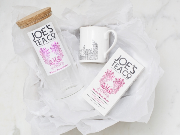 Jar, tea and mug for Joe's Tea Co gift set