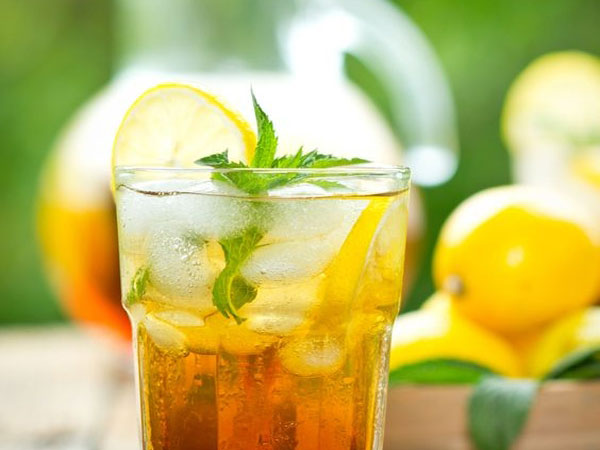 How to infuse spirits with tea