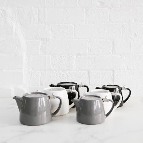 Stump teapots
