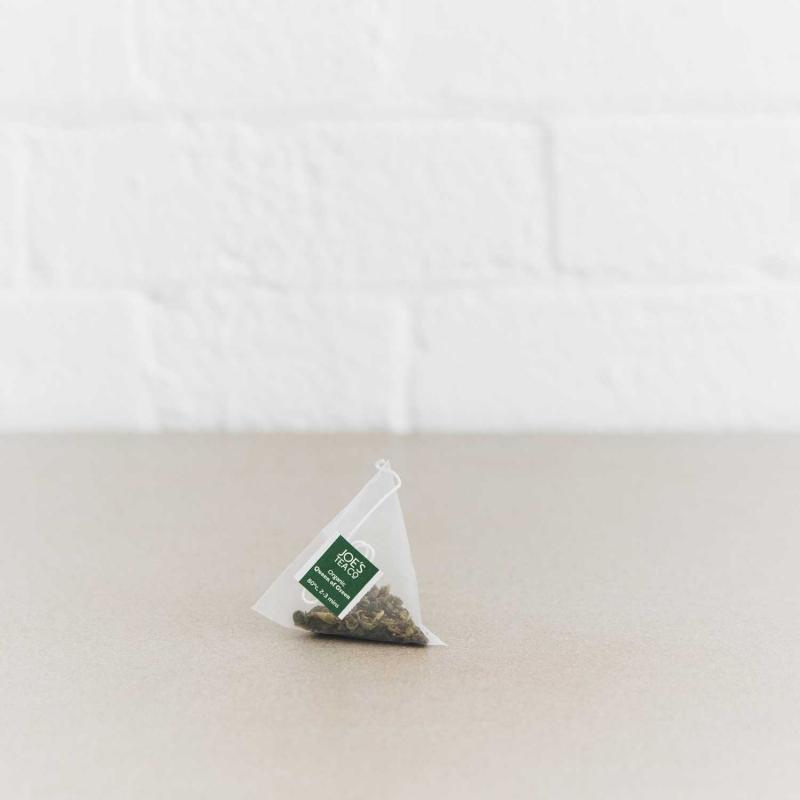 Queen of Green pyramid bag - Joe's Tea Co.